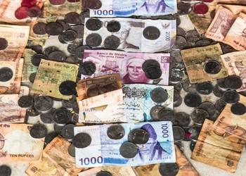 Emerging market currency GettyImages-477705695