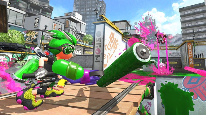 Character from Nintendo's 'Splatoon 2' holding a paint roller.
