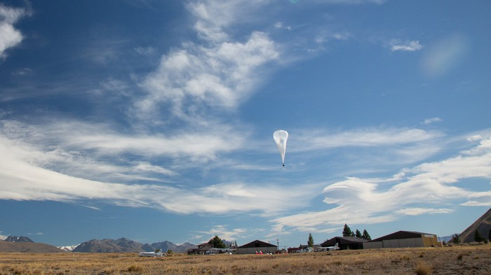 An Aerostar stratospheric balloon launching for Project Loon