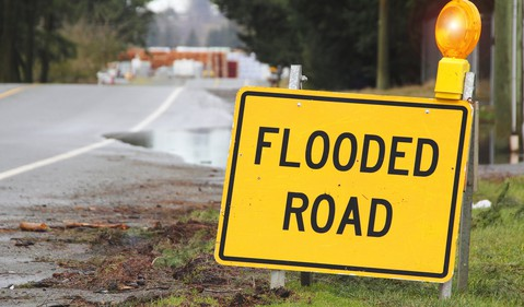 Getty Flooded Road Sign