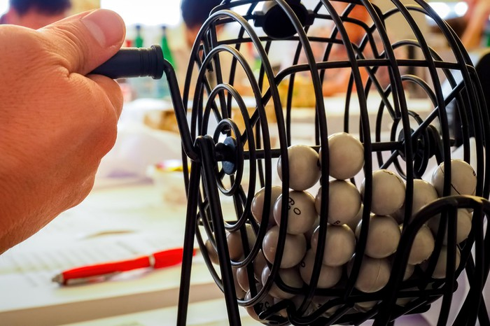 Lottery balls in a drawing device.