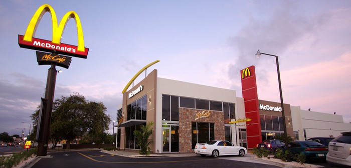 External view of a McDonald's restaurant.