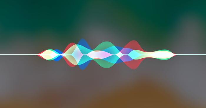 Siri sound-wave graphic