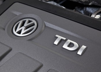 2013_passat_TDI_engine