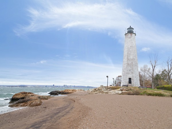 5 Mile Point CT Lighthouse GettyImages-524906547