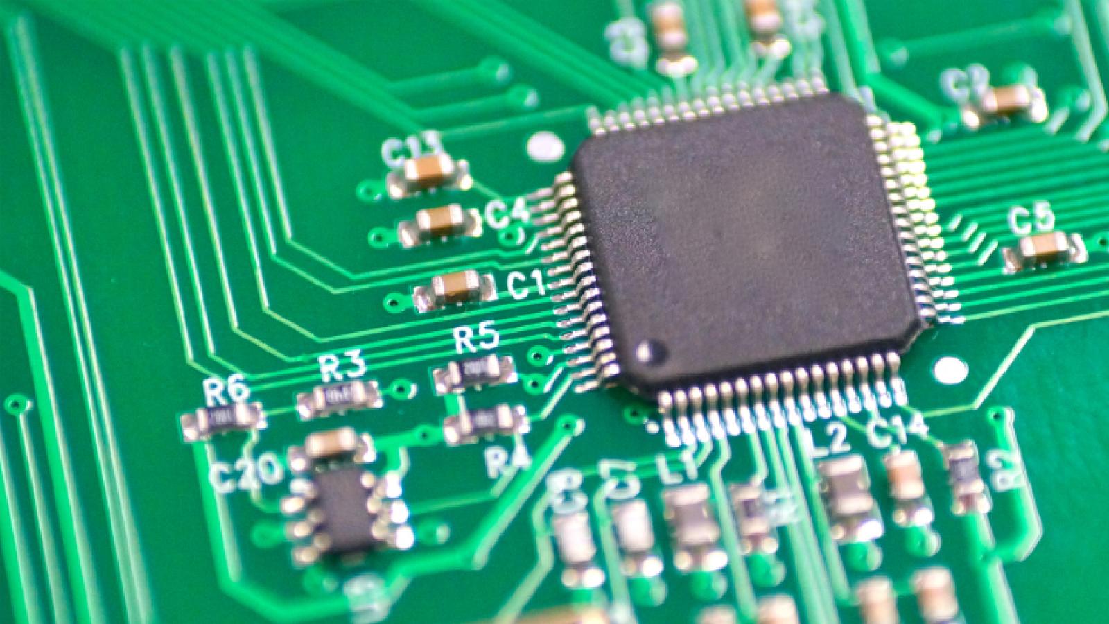 A circuit board/semiconductor