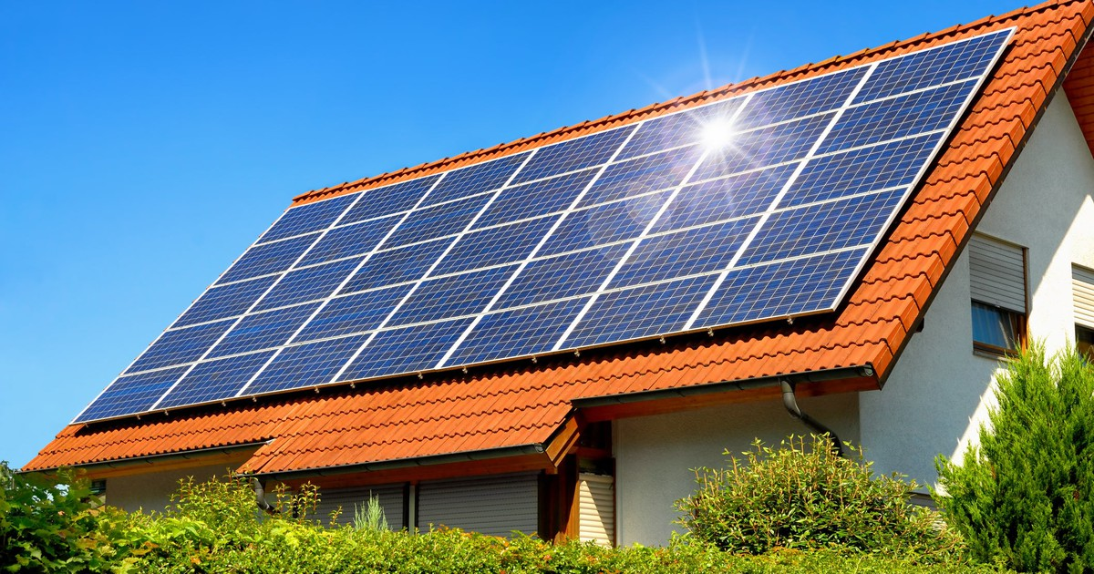 solaredge is facing the same tariff risk as solar installers -- the motley  fool