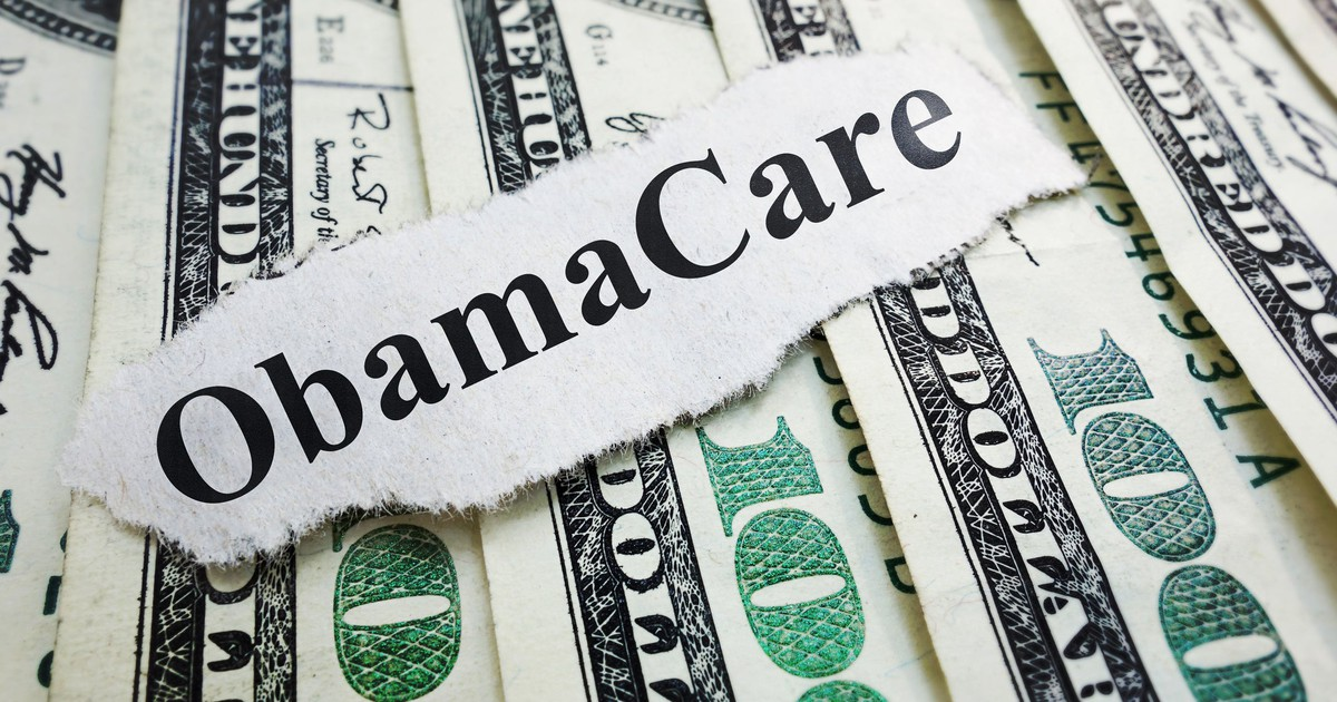 If You're Enrolled in Obamacare, Here's How Much More You Can Expect to Pay in 2018