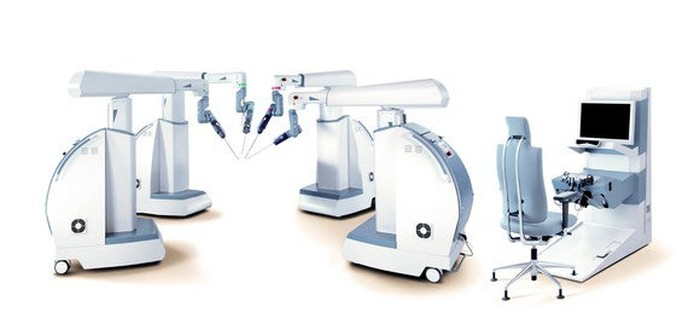 A multiport Senhance robotic surgery system in a hospital room.