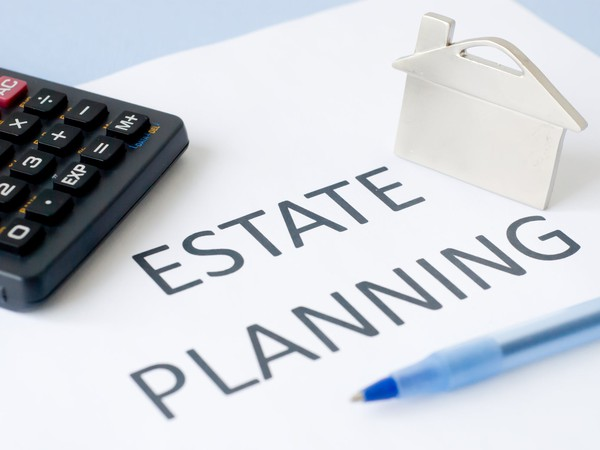 Estate planning GettyImages-179445506