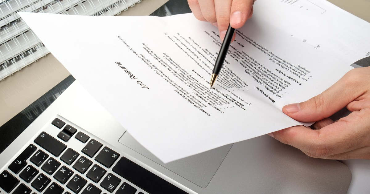 21 Words to Never Include in Your Resume