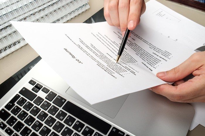 21 Words To Never Include In Your Resume The Motley Fool