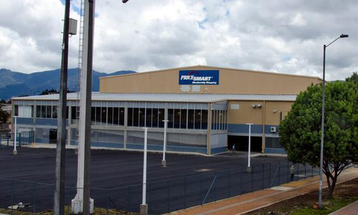A PriceSmart store in Colombia.