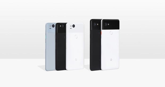 Google's Pixel 2 and Pixel 2 XL.