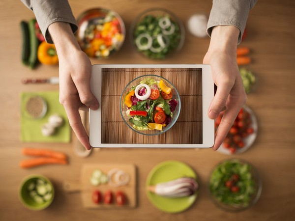 Cooking With Tablet App