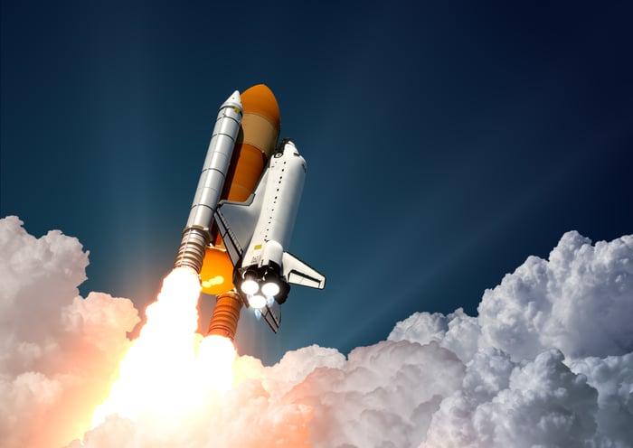 Rocket ship taking off