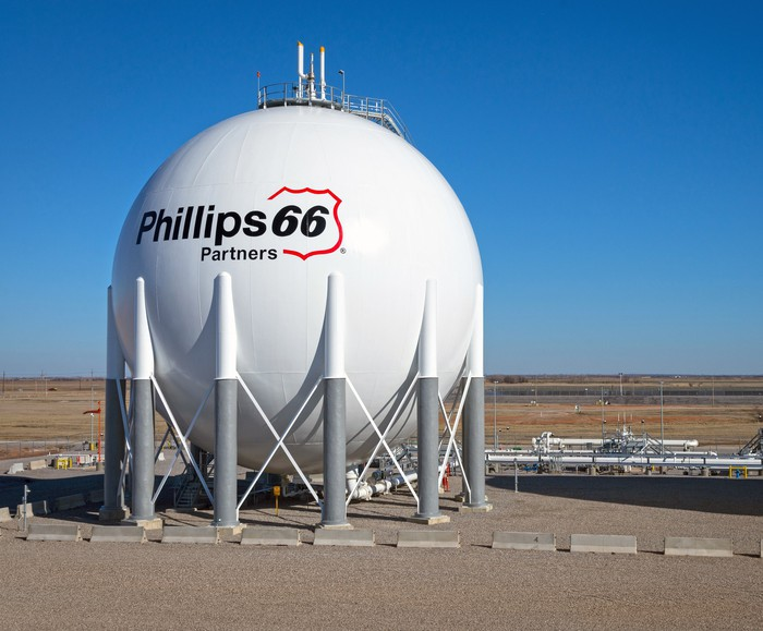 Phillips 66 natural gas storage sphere