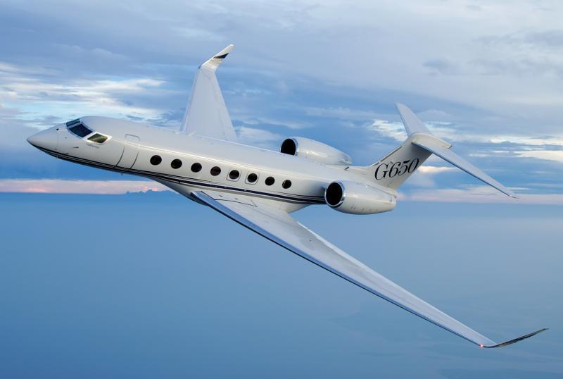 A Gulfstream G650 business jet in flight