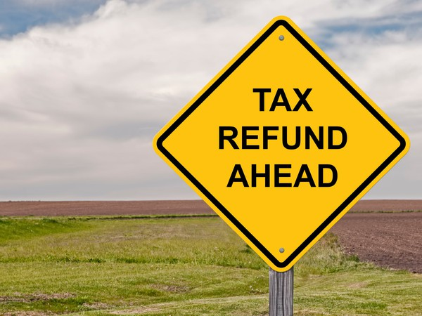 tax refund_GettyImages-525343163
