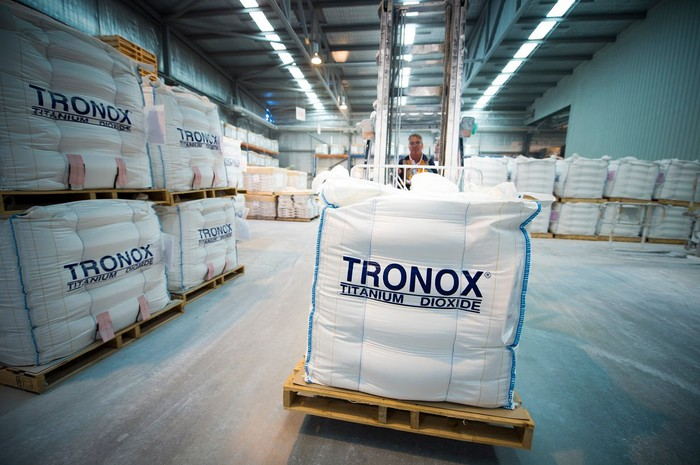 Pallets containing bags of Tronox-branded titanium dioxide pigment.