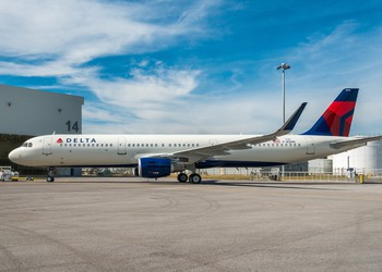 Airline-Delta Air Lines-DAL-Airbus A321-EADSY