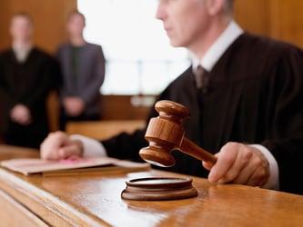 Getty-judge-holding-gavel