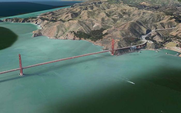 Flyover image of Golden Gate Bridge in Apple Maps.