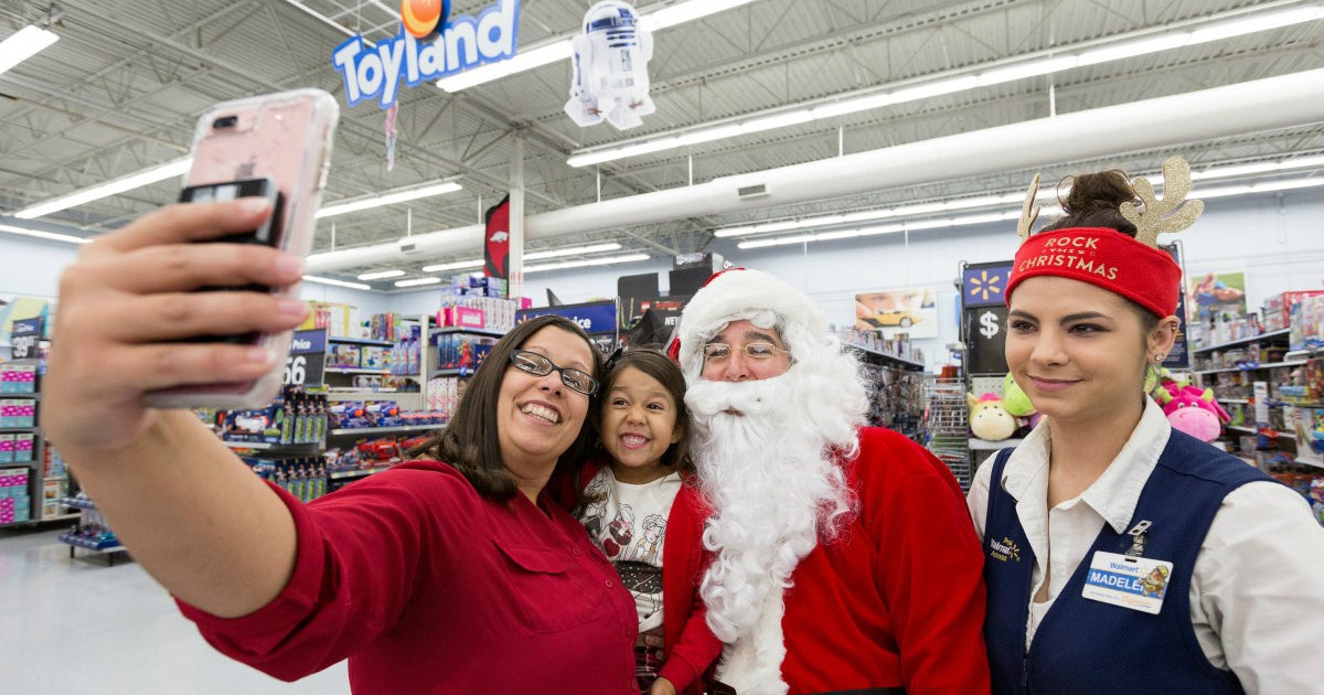 wal mart has invested heavily in its us workforce is it working the motley fool - What Time Does Walmart Close On Christmas Eve
