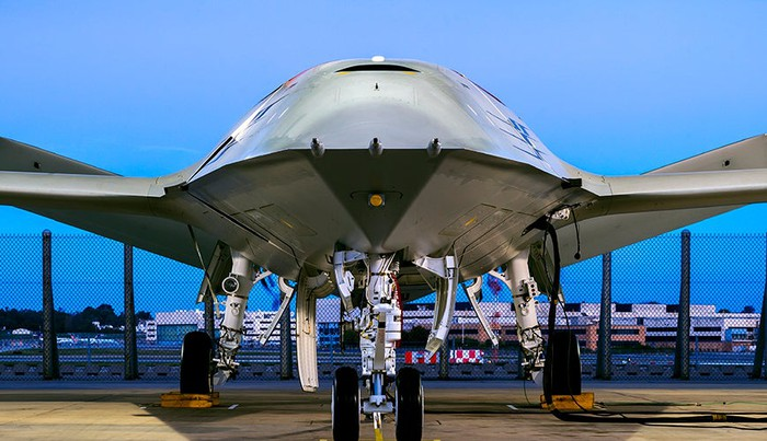 Boeing MQ-25 prototype, on the ground