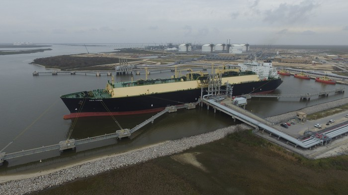 Loading an LNG vessel at the Sabine Pass LNG terminal