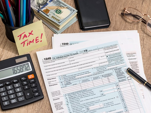 Here's the First Day You Can File Your Taxes This Year