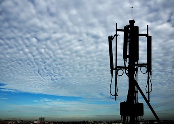 Cell tower transceiver