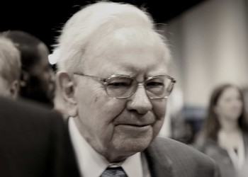 is Warren Buffett bullish or bearish on stocks