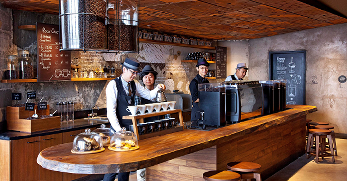 Employees in a Chinese Starbucks store