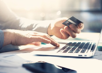 paying with credit card online_GettyImages-514568144