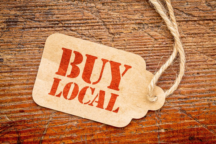 Buy local sign on a price tag