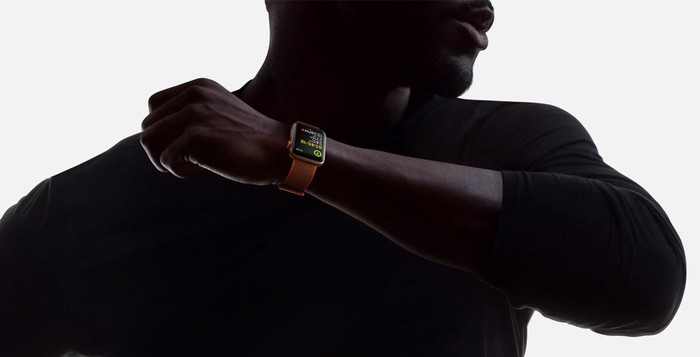 Man wearing Apple Watch Series 3