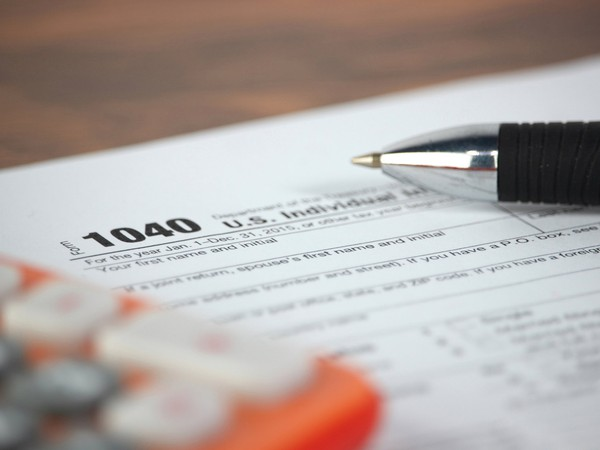 Form 1040_GettyImages-579119520