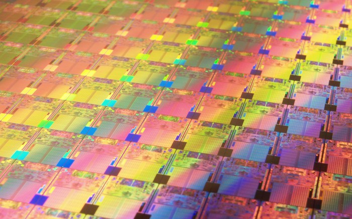 A wafer of Intel chips.