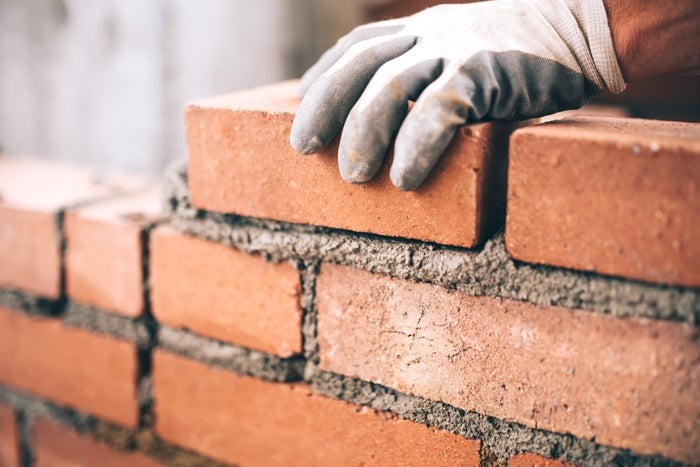 Bricklaying with cement