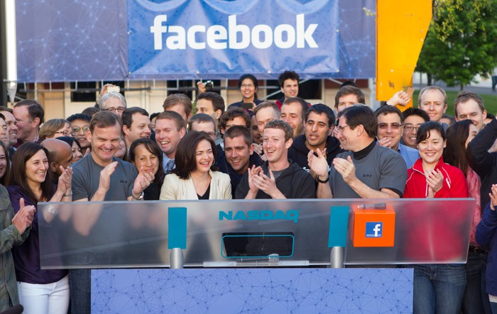 COO Sheryl Sandberg (L) and CEO Mark Zuckerberg (R) during Facebook's first trading day in 2012.