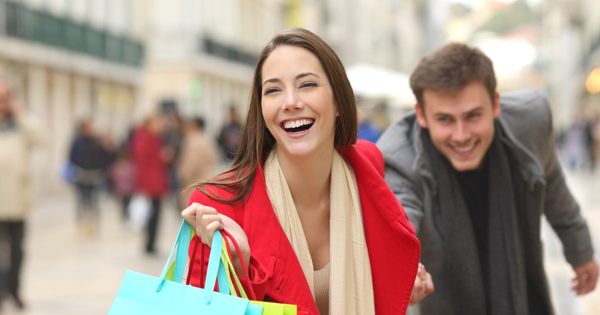 3 Top Retail Stocks to Buy Right Now