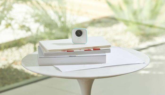 Google's Clips camera.