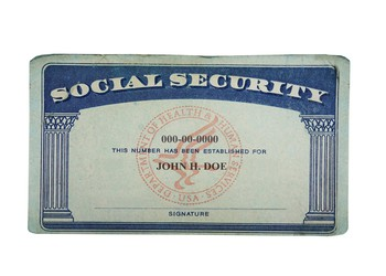 social security card_GettyImages-513633811