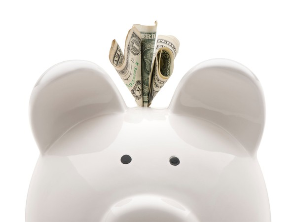 piggy bank_GettyImages-637820494
