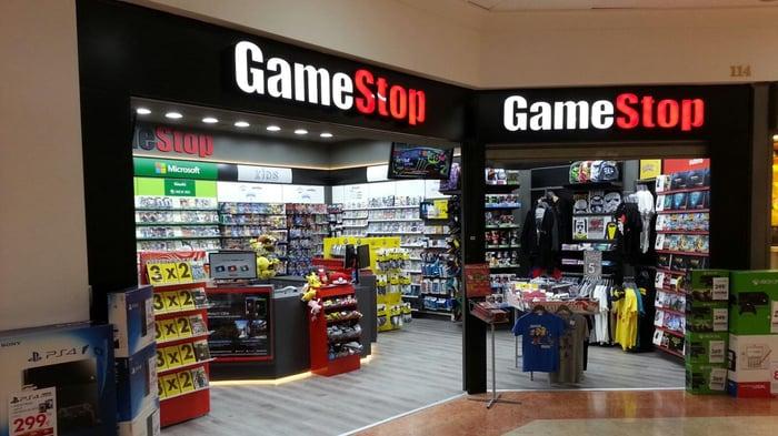 GameStop Diversifies Away From Games With Comic Books ...  GameStop Divers...