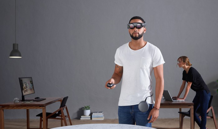 A man using Magic Leap One.