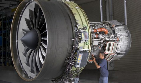 GE ONLY Worker with Aviation Turbine