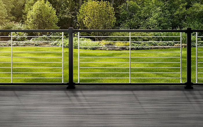 Trex deck with aluminum railing.