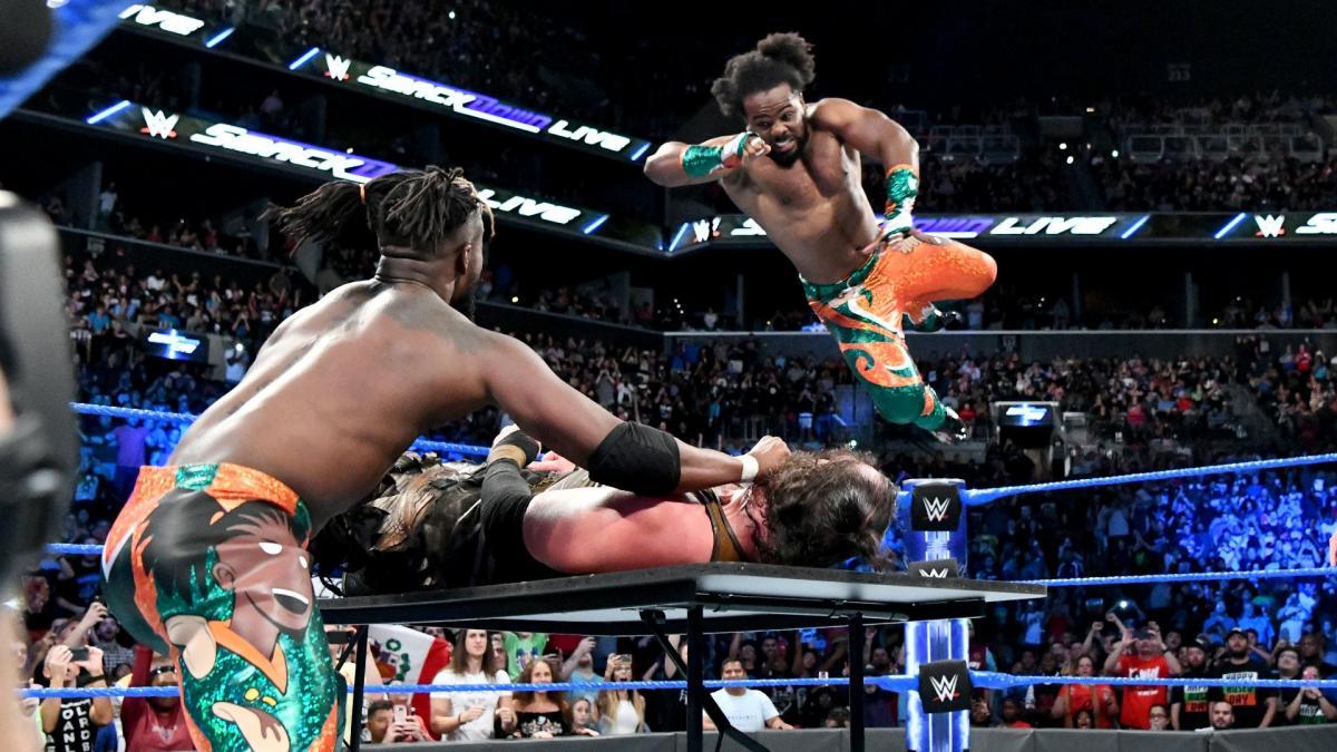 Tag team pro wrestling stunt